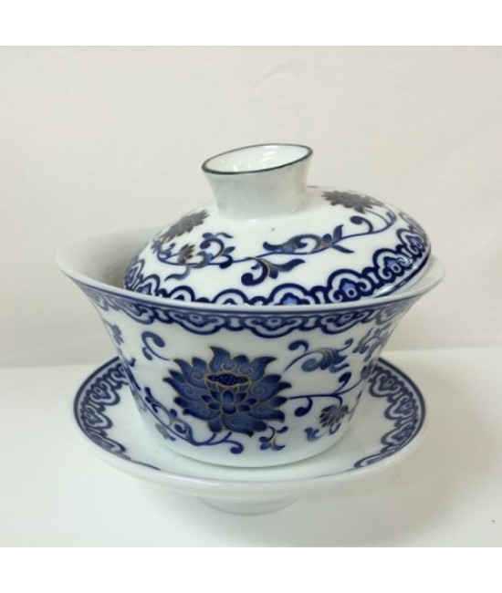 Porcelain - Blue Lotus on White Ground Gaiwan