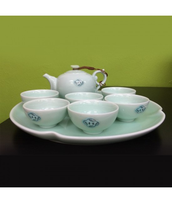 Porcelain - Green Ceramics, Teapot, tea-tray with 6 cups