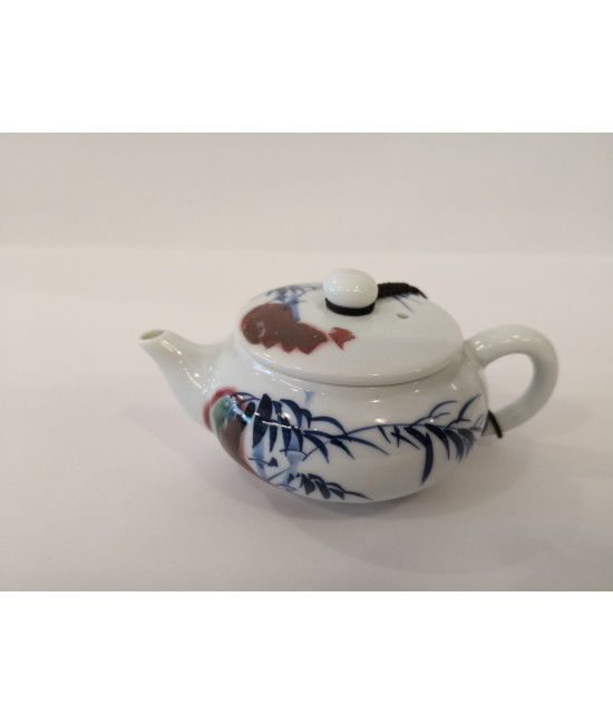 Hand drawn Teapot - Scenery